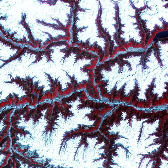 2048px-ASTER_Views_the_Himalaya